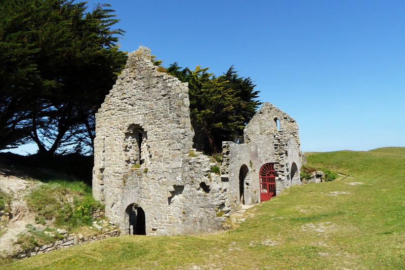 Ile de Batz, ruine de la chapelle Sainte Anne