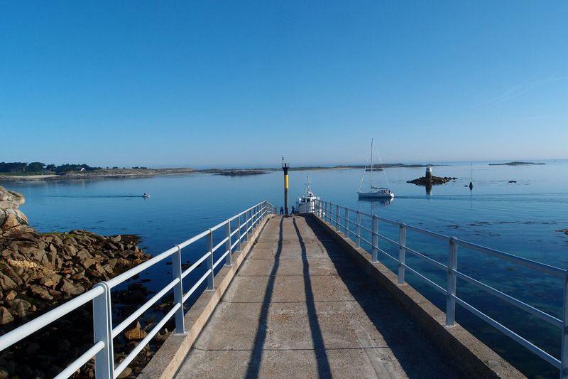 Estacade, Embarquement de Roscoff à mer basse pour île de Batz
